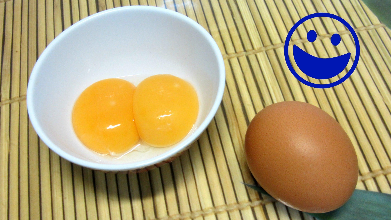 Truco para separara facilmente las claras de las yemas de huevo