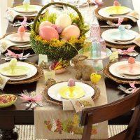 Decorar la mesa de Semana Santa