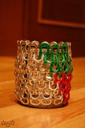 Portalápices con anillas de latas