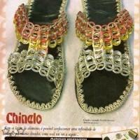 Sandalias con anillas de latas de aluminio