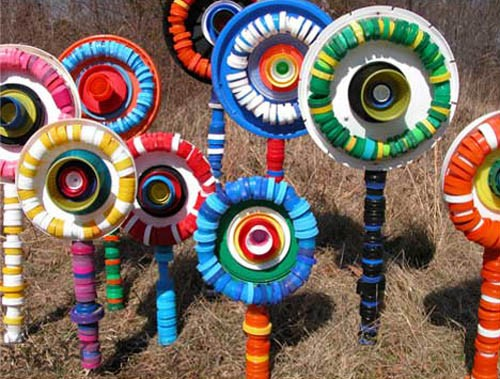 Tapones de botellas de plastico 11 for Art from recycled materials ideas