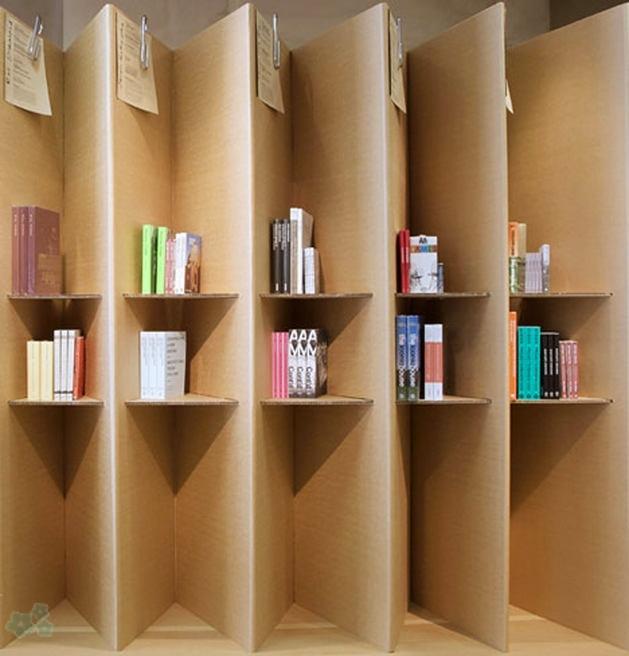 Muebles reciclados de carton 27 for Estantes de carton